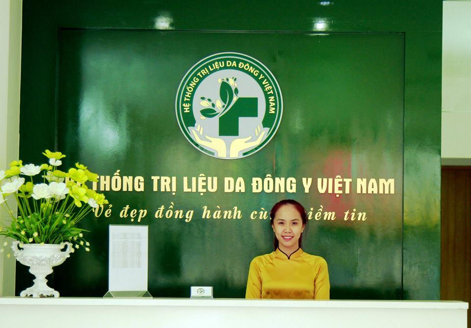 tri-rung-toc-tai-trung-tam-da-lieu-dong-y