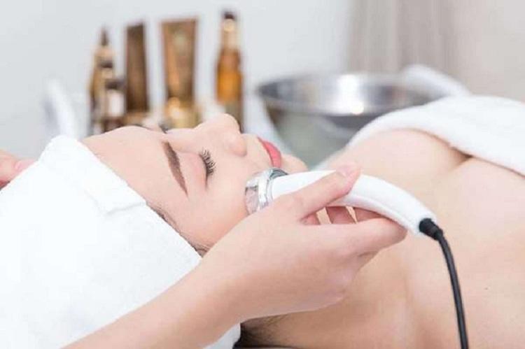 Siêu âm da mặt giúp tăng cường tuần hoàn máu dưới da, trẻ hóa làn da