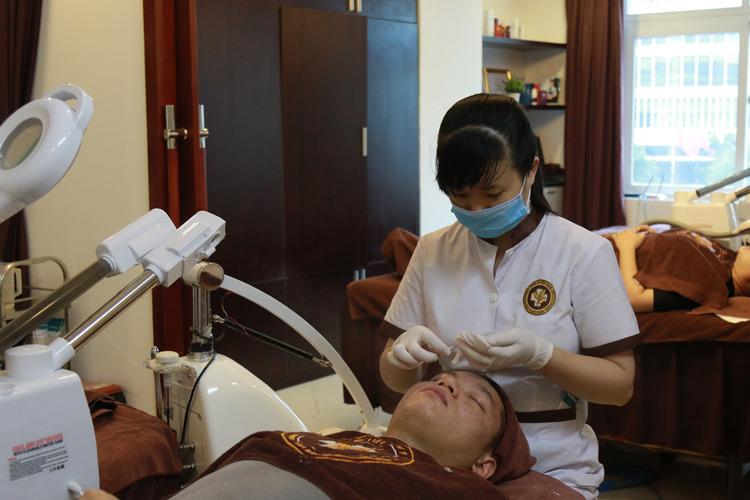 Dịch vụ chăm sóc chuyên sâu tại Trung tâm Da liễu Đông y Việt Nam