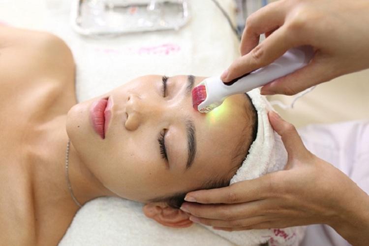 Công nghệ lăn kim giúp tăng sinh collagen, giảm mụn, thâm sẹo hiệu quả