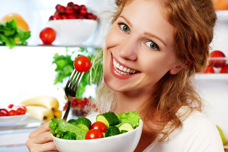 Người bệnh nên xây dựng cho mình chế độ ăn uống cân bằng, khoa học