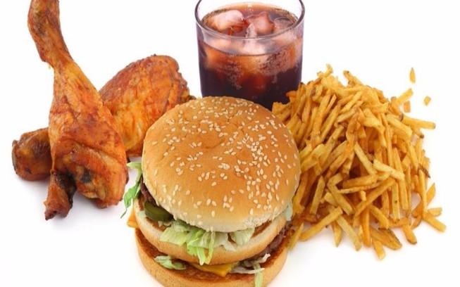 Một số thực phẩm người bệnh chàm môi nên tránh