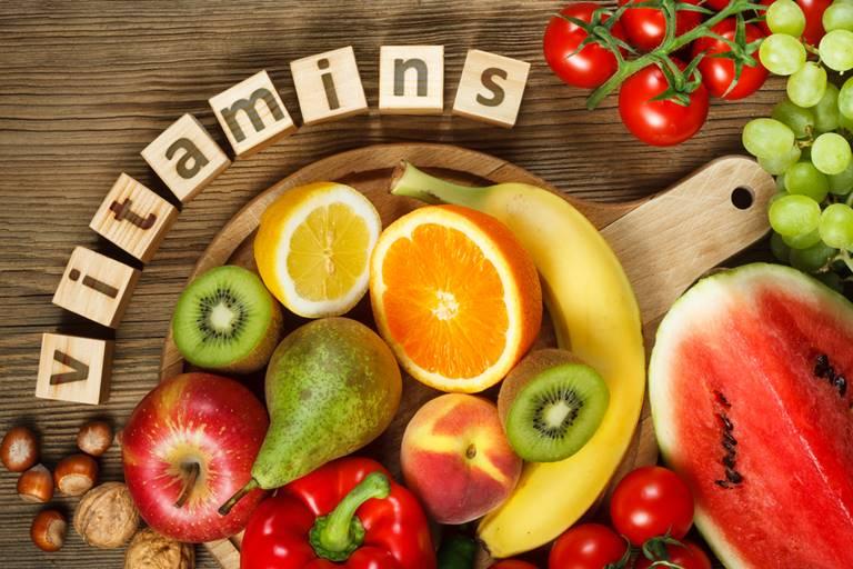 Bổ sung các loại hoa quả giàu vitamin A,C,E giúp tái tạo, phục hồi làn da