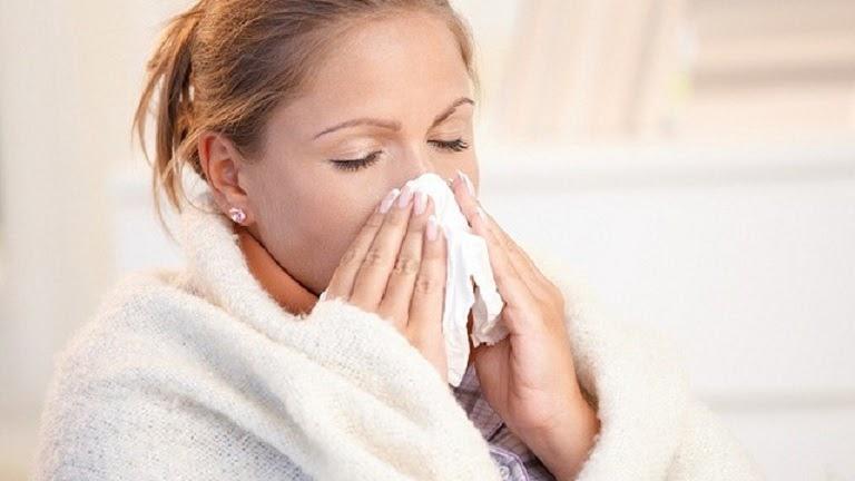 Bệnh mề đay mẩn ngứa do ảnh hưởng của thời tiết lạnh