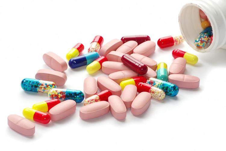 Tham khảo ý kiến bác sĩ trước khi sử dụng thuốc Tây y