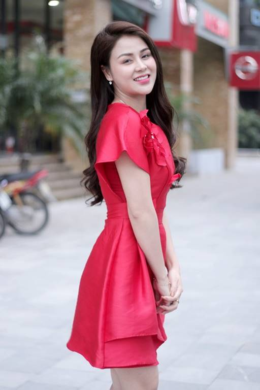 Nhờ BSP Vương Phi, DV Thu Trang đã lấy lại được vẻ tự tin, tươi tắn