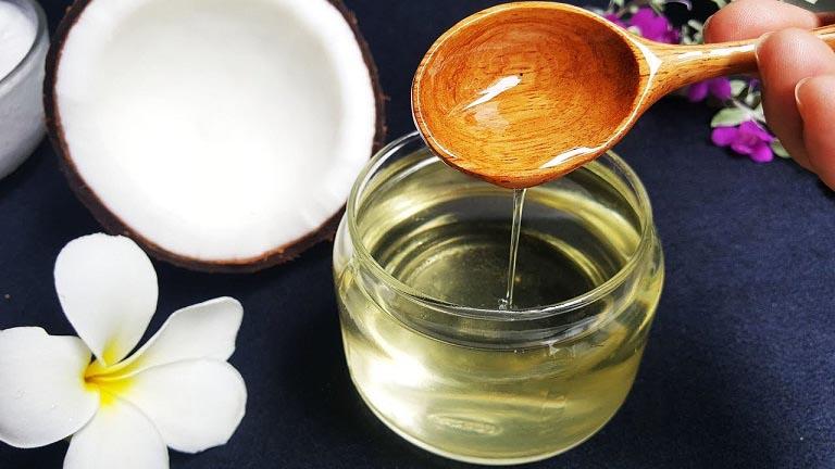Dầu dừa được dùng trong điều trị viêm da khá an toàn