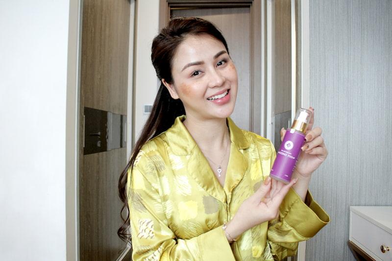 Thường xuất hiện long lanh trên màn ảnh Việt, nhưng ít ai biết rằng Thu Trang từng có quãng thời gian sống chung với nám da, tàn nhang