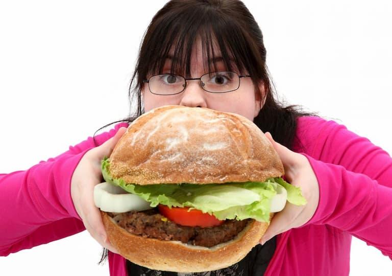 Béo phì cũng được xem là nguyên nhân gây bệnh vảy nến