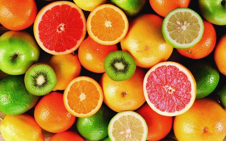 Bổ sung hoa quả chứa vitamin C rất tốt cho da