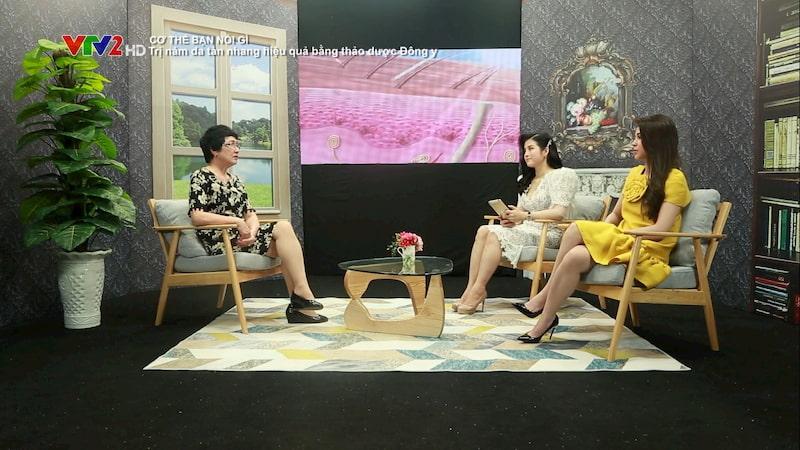 """Bác sĩ Nguyễn Thị Nhuần chia sẻ phương pháp trị nám da, tàn nhang tại chương trình """"Cơ thể bạn nói gì"""" trên VTV2"""