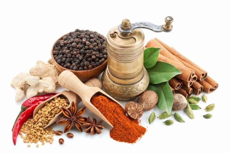 Người bệnh nên sử dụng nhiều các loại gia vị trong bữa ăn
