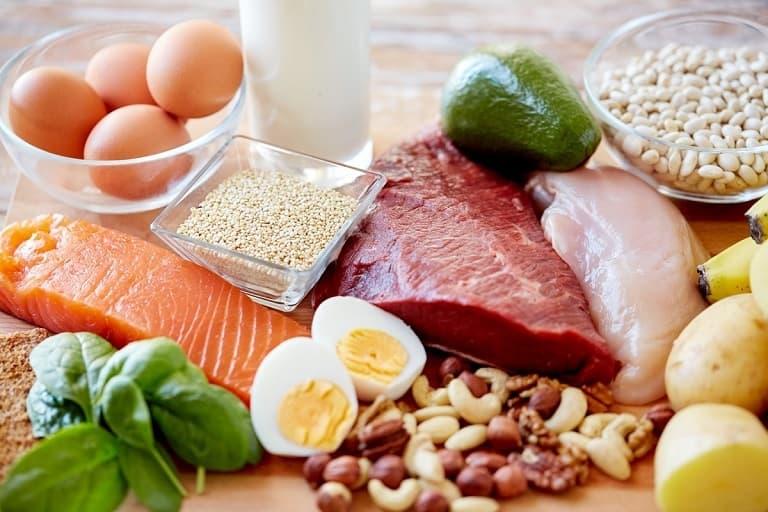 Bị viêm da dị ứng kiêng ăn gì và ăn gì sẽ ảnh hưởng trực tiếp quá trình điều trị bệnh