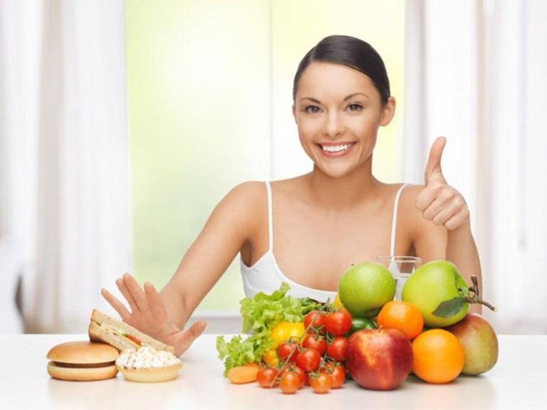 Xây dựng một chế độ ăn uống khoa học sẽ góp phần giảm thiểu quá trình hình thành sẹo sau khi điều trị