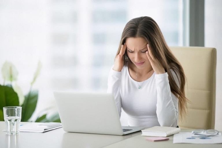 Căng thẳng, stress là một trong những nguyên nhân khiến bệnh viêm da cơ địa tái phát