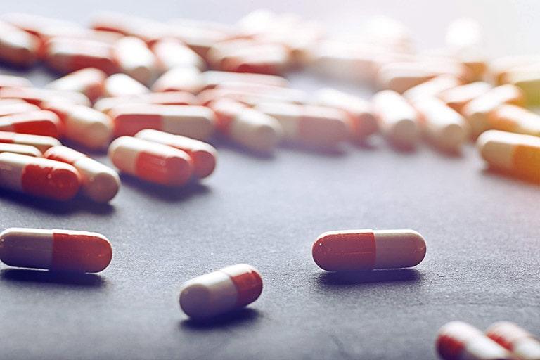 Dùng thuốc điều trị là cách ngăn bệnh tái phát hiệu quả nhất