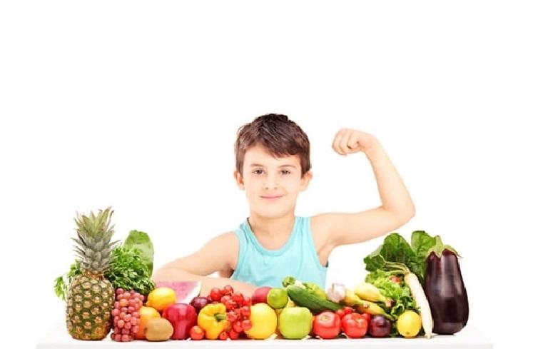 Một chế độ ăn uống lành mạnh, khoa học sẽ rất cần thiết với những em bé bị viêm da cơ địa
