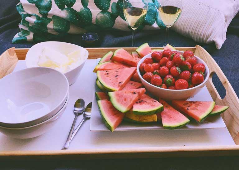 Bổ sung nhiều vitamin cho cơ thể để tránh nổi mụn