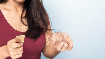 Nguyên nhân, cách điều trị ngứa đầu rụng tóc