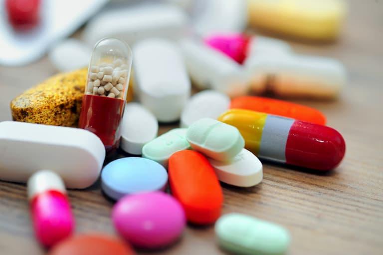 Sử dụng thuốc theo chỉ dẫn của bác sĩ