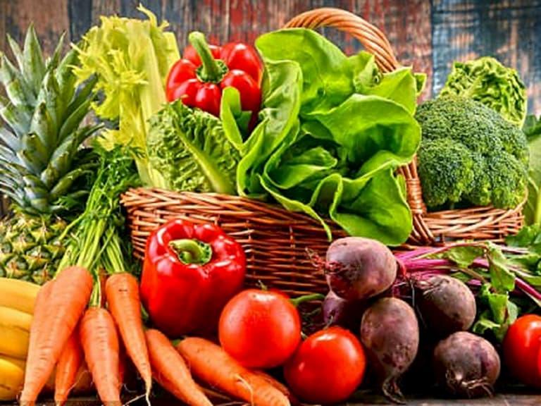 Tăng cường ăn nhiều rau củ quả