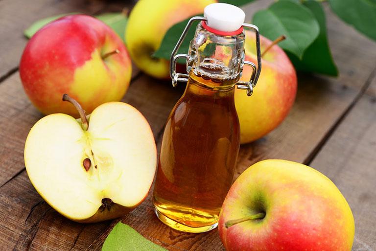 Giấm táo có công dụng trị mụn hiệu quả