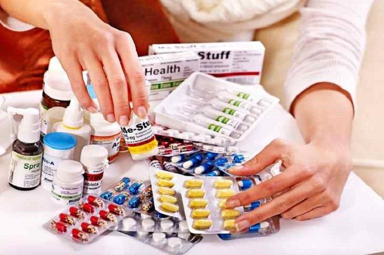 Lạm dụng thuốc cũng là việc làm người bệnh tuyệt đối tránh