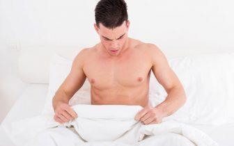 Biểu hiện mụn rộp sinh dục ở nam giới khác với nữ