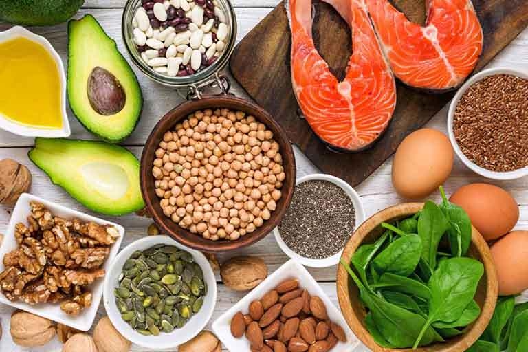 Các nhóm thực phẩm xanh nên ăn khi điều trị viêm nang lông
