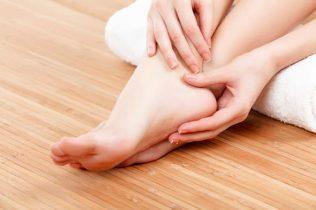 Ngứa gót chân - nguyên nhân và cách điều trị