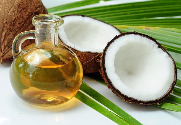 Cách trị viêm da cơ địa tại nhà bằng dầu dừa
