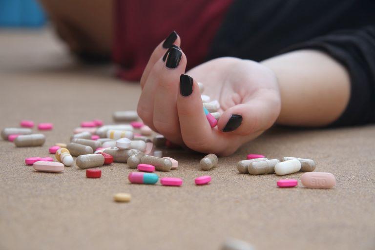 Các loại thuốc Tây giúp giảm viêm, sát khuẩn rất tốt
