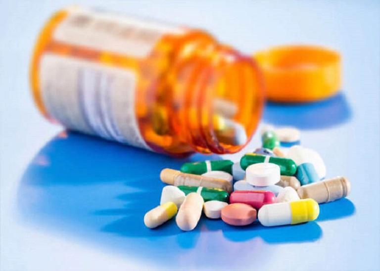 Bác sĩ sẽ chỉ định thuốc điều trị cụ thể với mỗi tình trạng mụn bọc