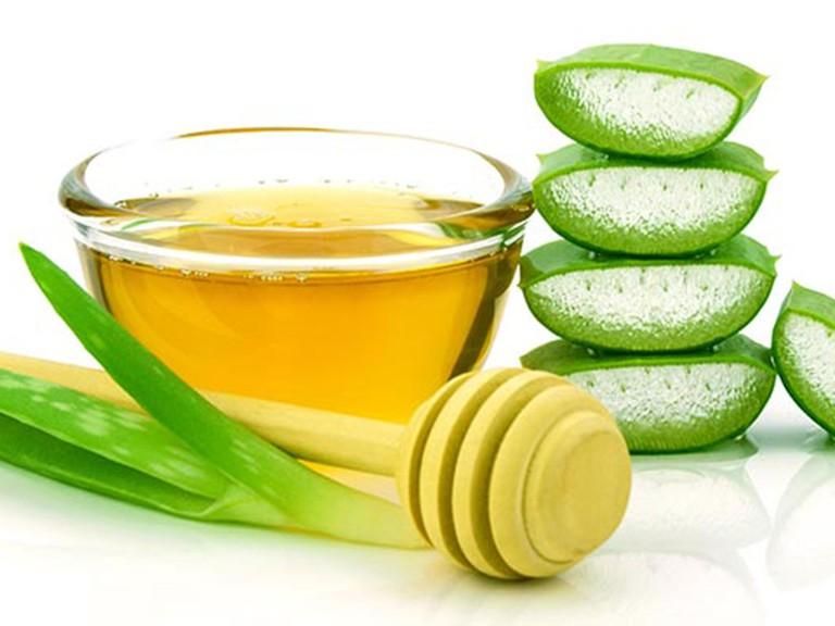 Chăm sóc da với mặt nạ mật ong lô hội